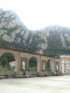 Visita Montserrat y su Monasterio con Taxi en Barcelona.